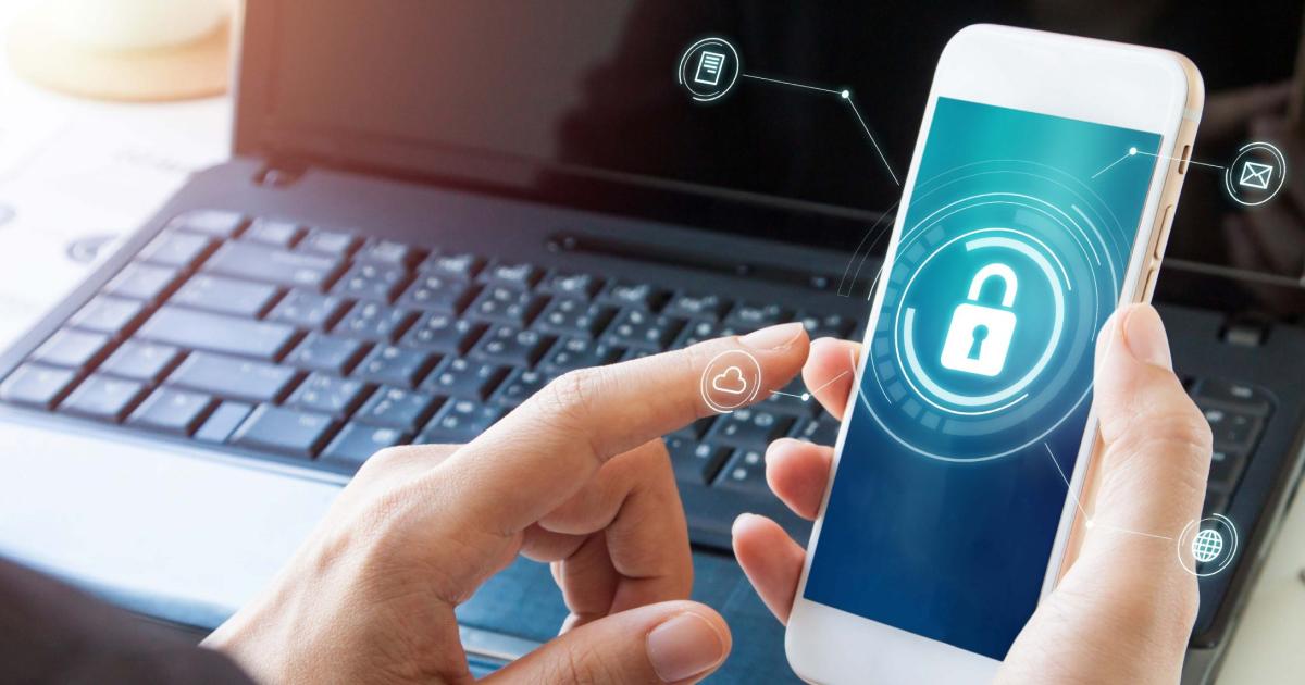 Смартфон та кіберзагрози: як захистити вашого кишенькового асистента.